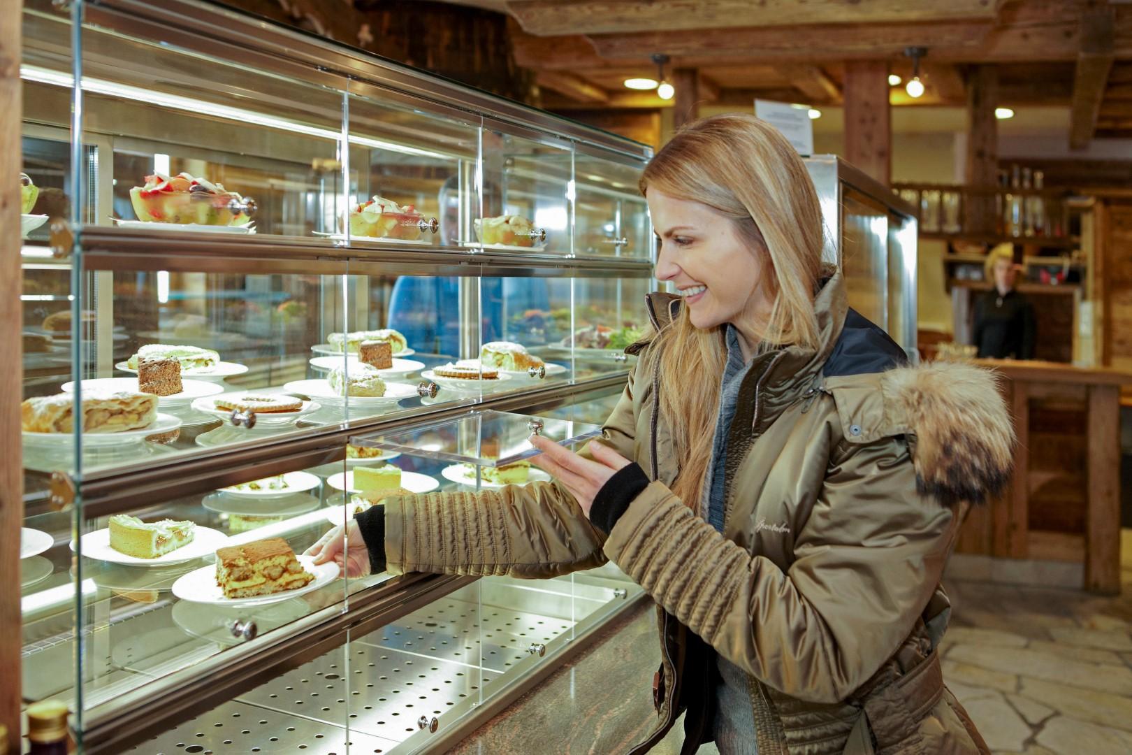 2011 Piz Seteur 051 - Restaurant