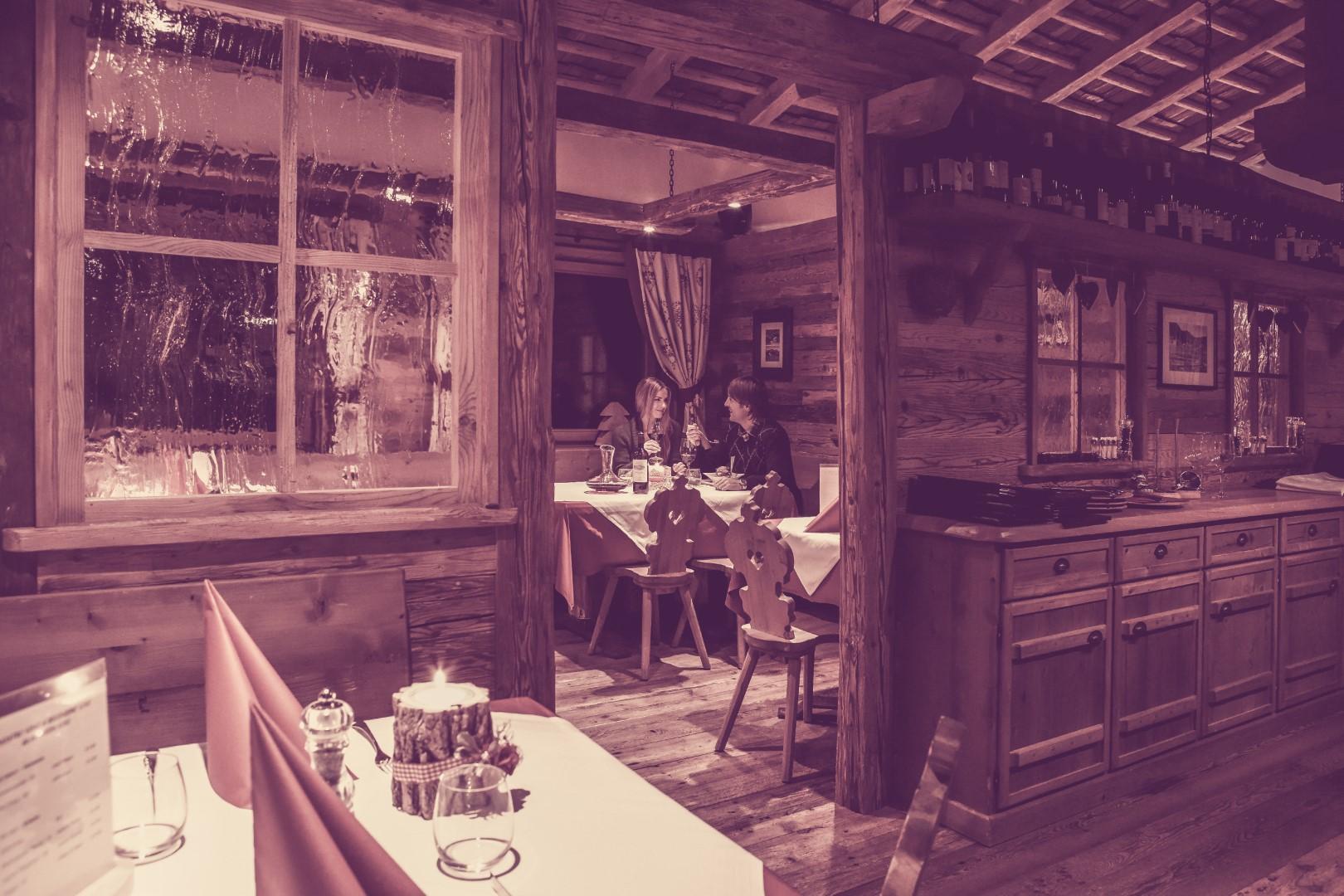 2011 Piz Seteur 136 - Restaurant